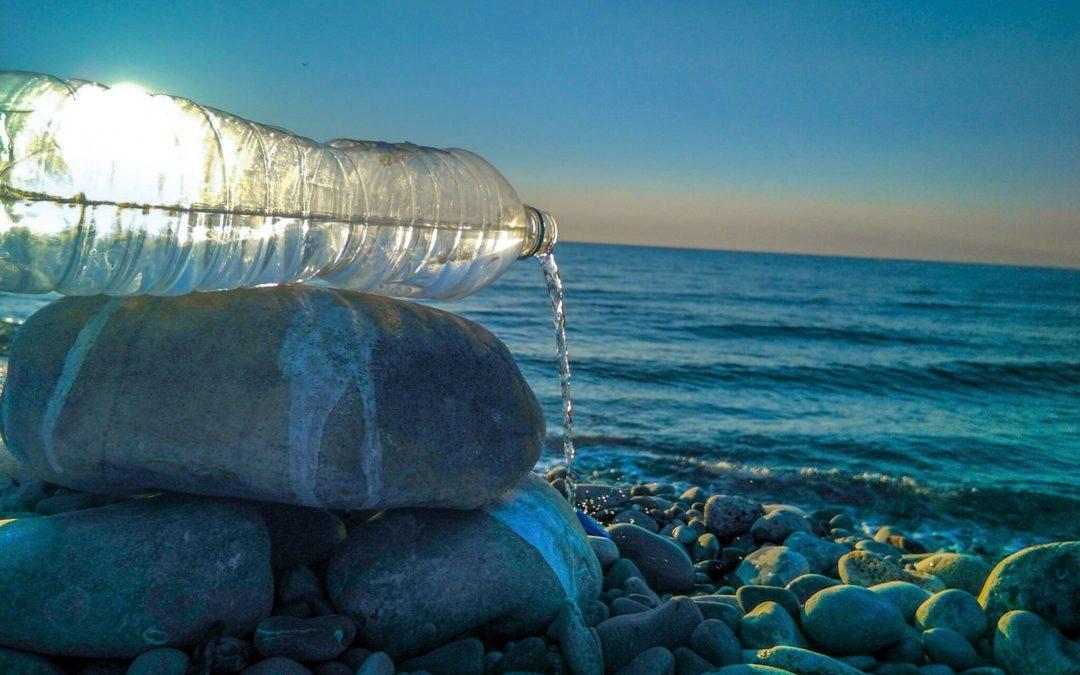 IV Concurs Fotogràfic. L´aigua i el plàstic que mai hauríen d´omplir el Mediterrani. Foto. Aurora Martín