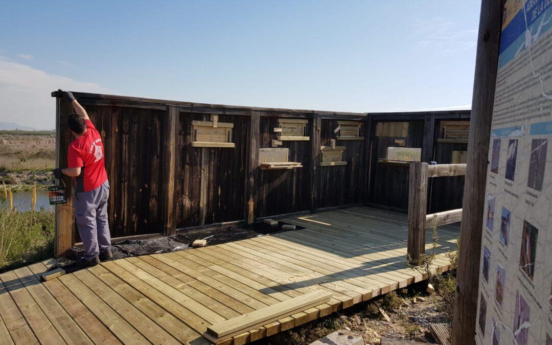 El Consorci gestor del Paisatge Protegit de la Desembocadura del riu Millars repara el mirador d'aus de Carnissers